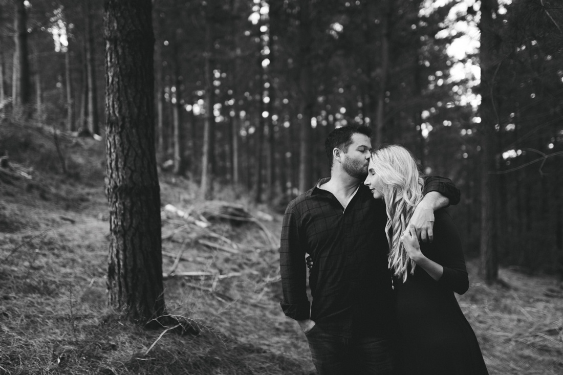 Adrian&Lindie_mountain-engagement-shoot005