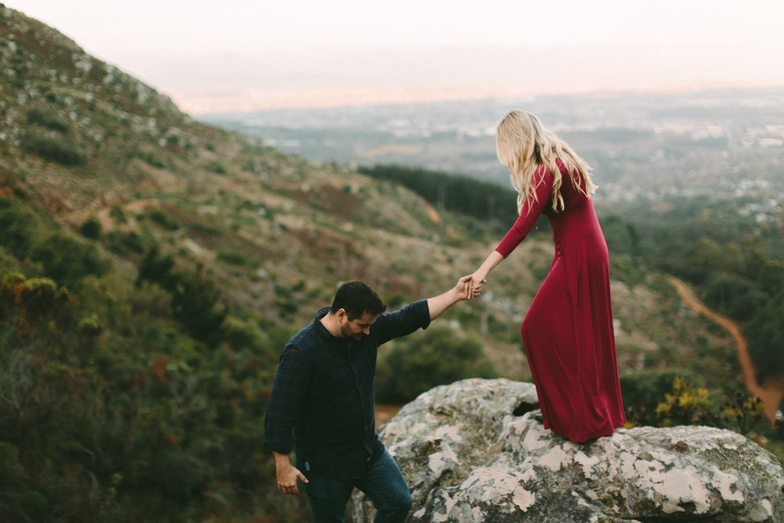 Adrian&Lindie_mountain-engagement-shoot021