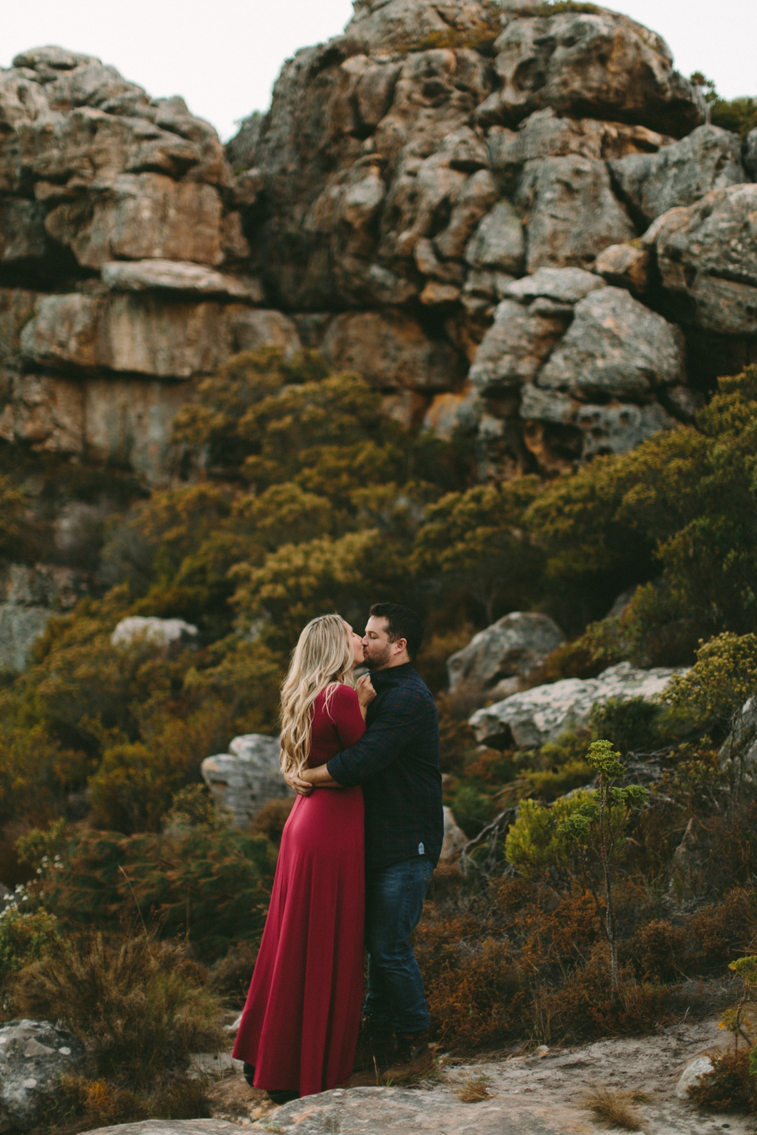 Adrian&Lindie_mountain-engagement-shoot040
