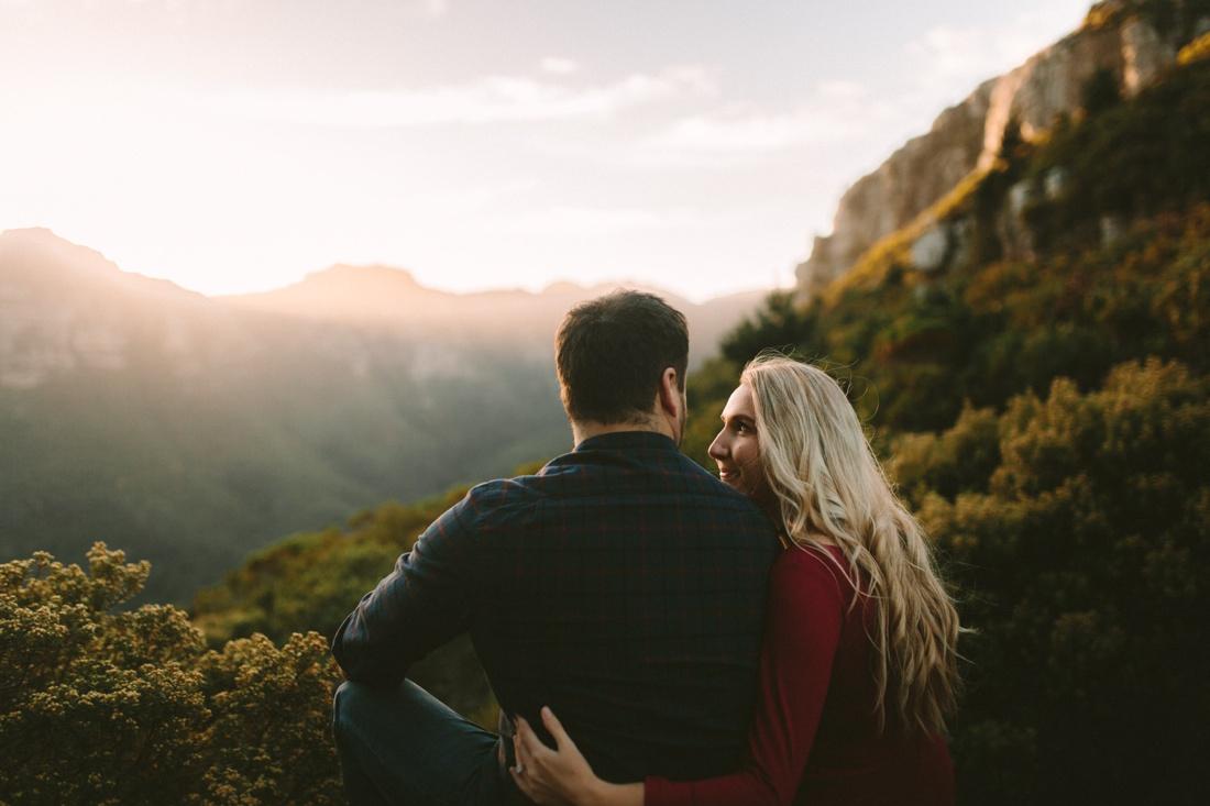 Adrian&Lindie_mountain-engagement-shoot037