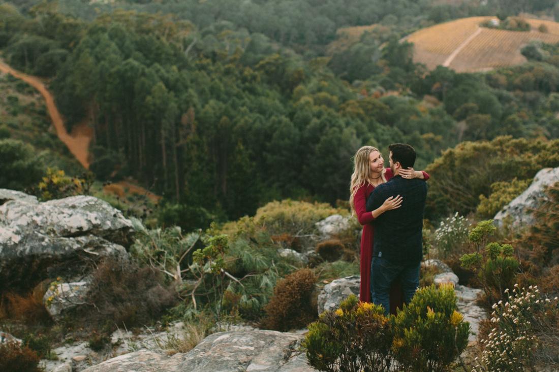 Adrian&Lindie_mountain-engagement-shoot042