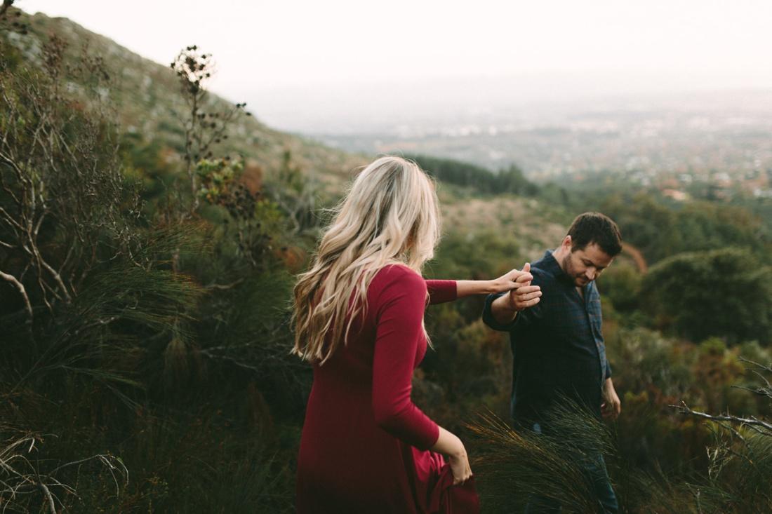 Adrian&Lindie_mountain-engagement-shoot044