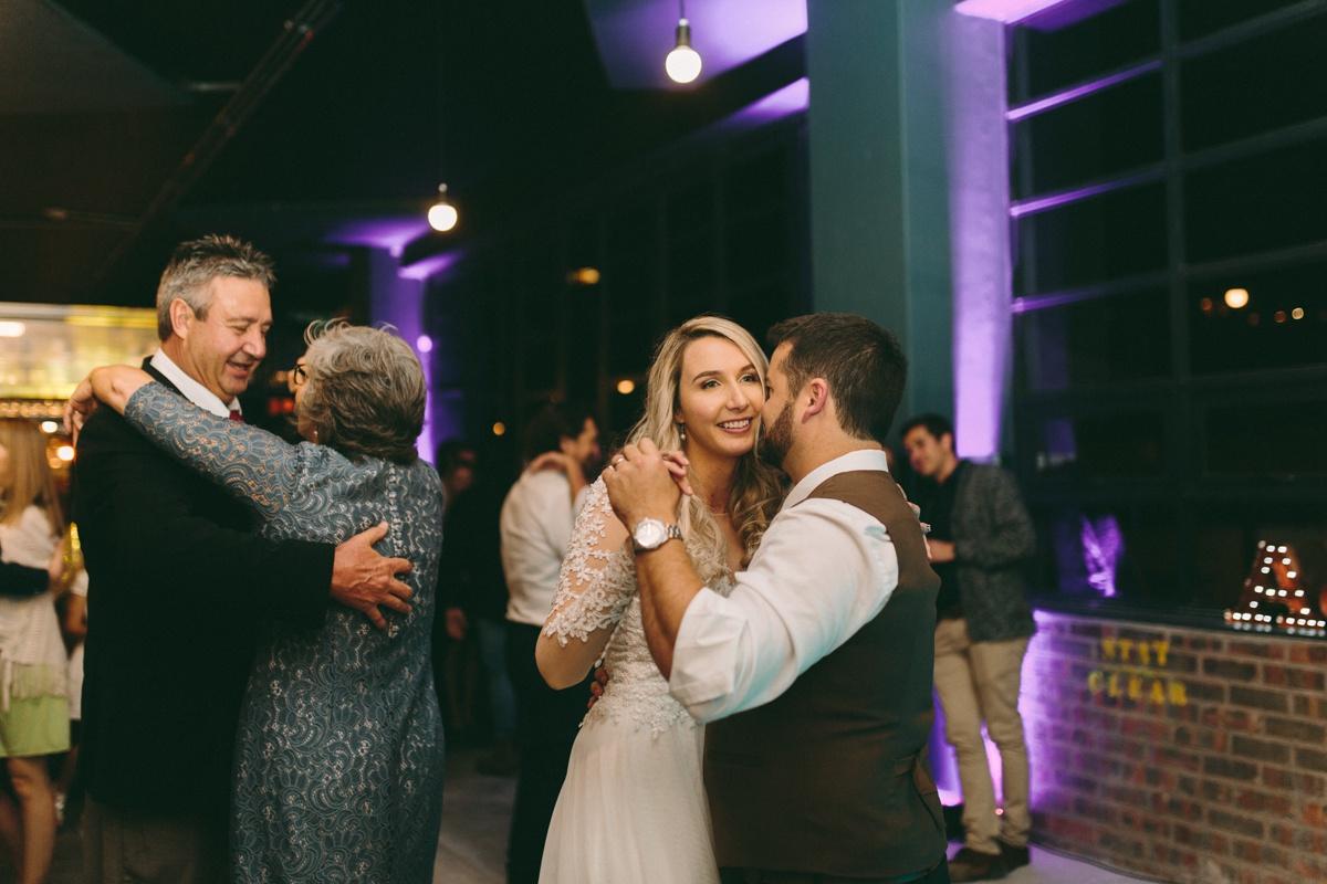 Adrian&Lindie_woodstock wedding144